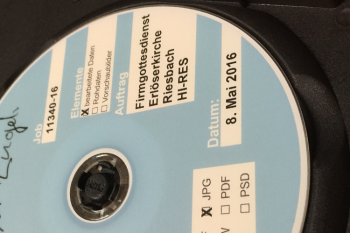Bei grösseren Auflagen können die Datenträger gegen Aufpreis bedruckt werden